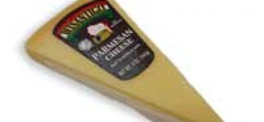 Alimentare: stop a falsi export Grana/Parmigiano decuplica