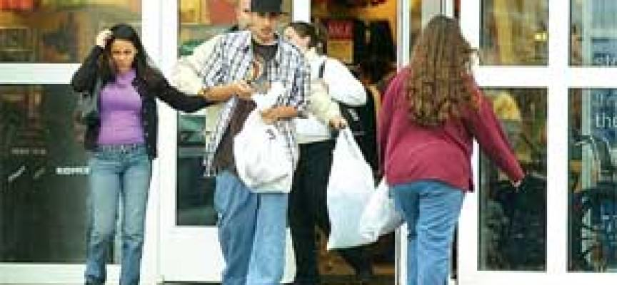 Buste di plastica: ogni anno disperse 100 miliardi