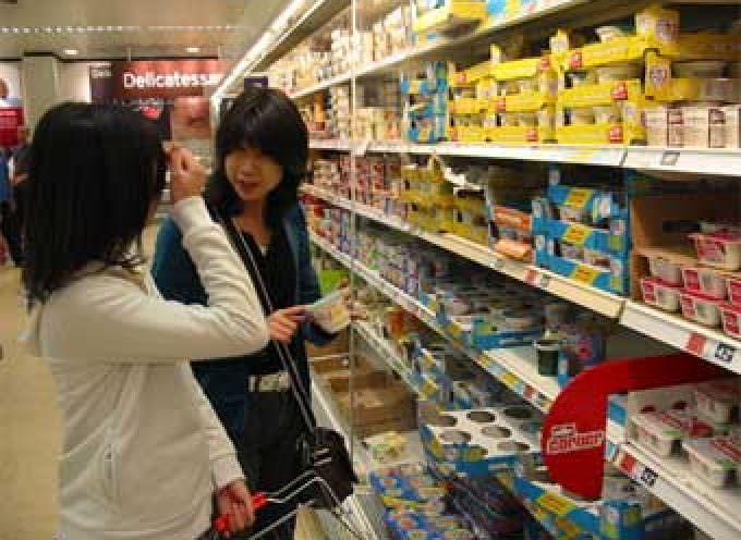Consumi alimentari: le donne sono guidate da ricerca, sperimentazione e curiosità verso il nuovo