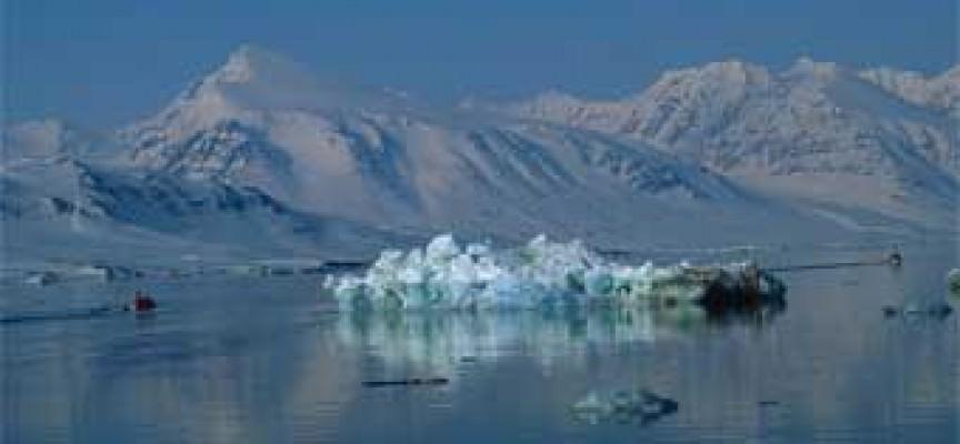 I ghiacciai delle isole Svalbard si assottigliano sempre più rapidamente