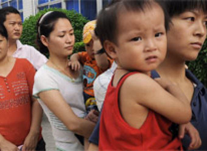 13.000 niños hospitalizados en China tras consumir leche en polvo con melamina