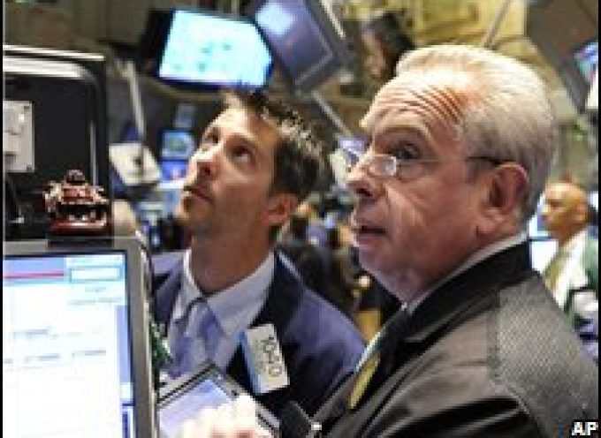 Financial crisis pummels stocks