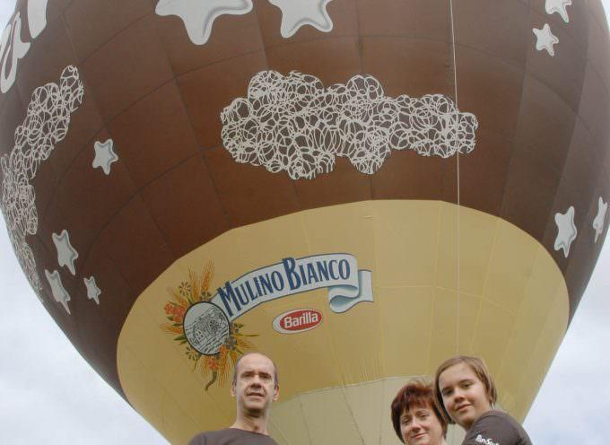 La mongolfiera Pan di Stelle inaugura la XV edizione di EuroChocolate