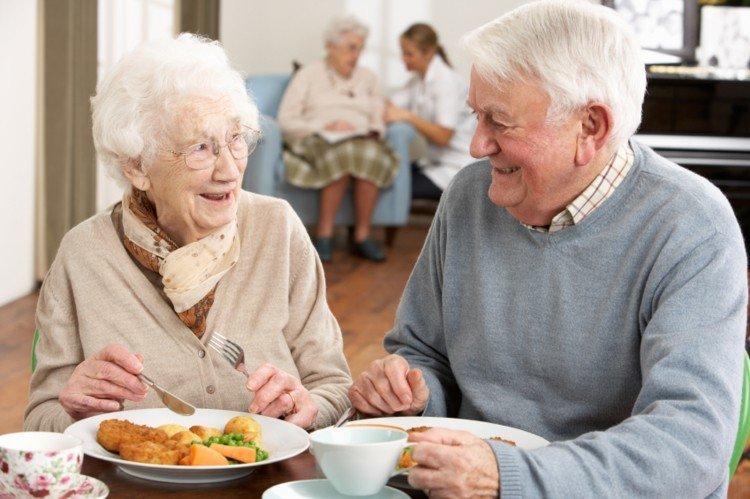 Alimenti idonei per la flora intestinale degli anziani – Alimentos funcionales para mayores