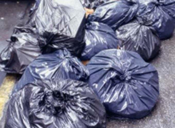 Cassazione: illegale l'iva sulla tassa rifiuti
