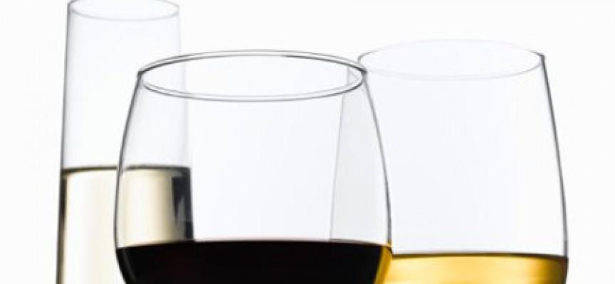 """Corte di Giustizia UE: """"Non pubblicizzare vino come facilmente digeribile"""""""
