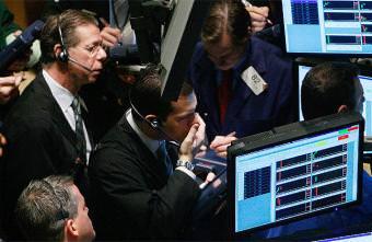 Nuevo batacazo de Wall Street, que cierra con una caída del 5,5%