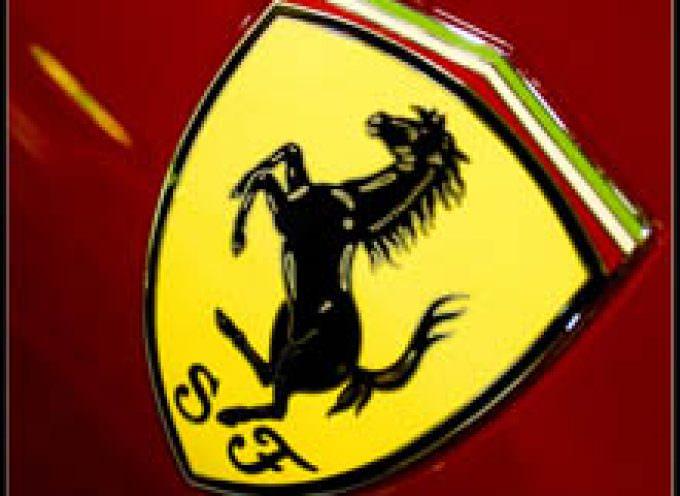Gli ospiti dell'agriturismo Valle del Marta (Roma) possono provare l'ebbrezza di guidare una Ferrari per le strade della Tuscia