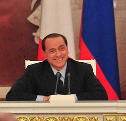 Berlusconi a El Mundo: gli italiani mi amano perché ho messo a disposizione del mio Paese la mia esperienza e le mie capacità