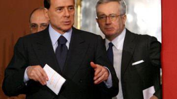 """La UE chiude il caso Sky, Berlusconi. """"Figuraccia enorme della sinistra"""""""
