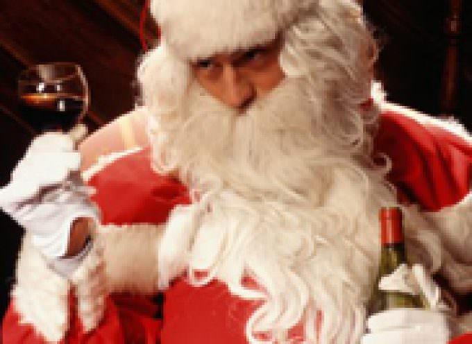 Vino e Natale, il miglior regalo è una bottiglia od un cavatappi di lusso