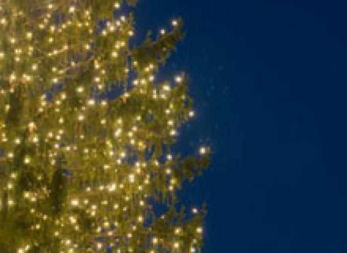 Attenzione agli addobbi natalizi luminosi: devono avere il marchio di sicurezza