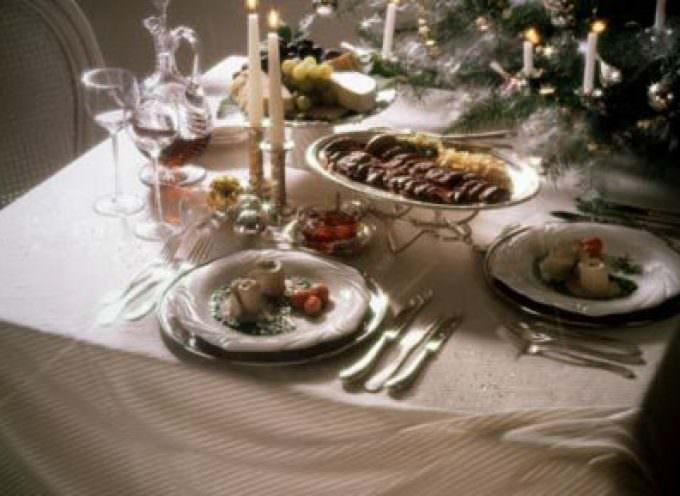 Natale, nonostante la crisi gli italiani non rinunciano alla tavola