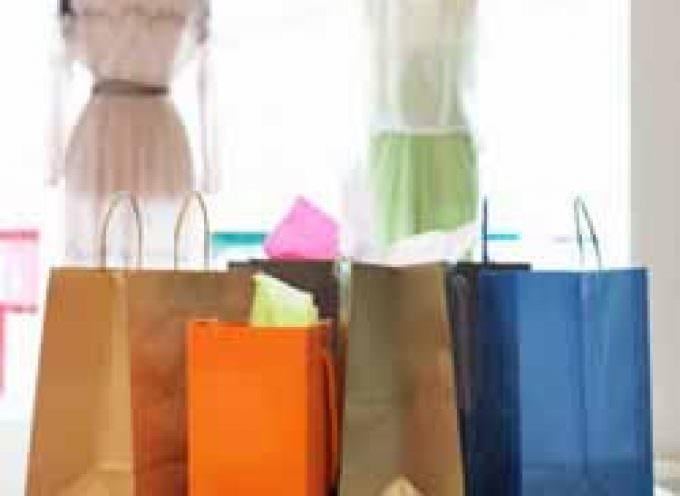 Nonostante la discesa dei prezzi, a ottobre continua il calo dei consumi