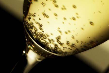 Alzheimer, Spumante e Champagne per difendersi