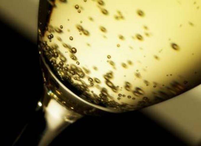 In Francia crolla il consumo di Champagne: è boom per lo spumante