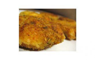 Salmone in crosta di pane e timo, un secondo piatto raffinato