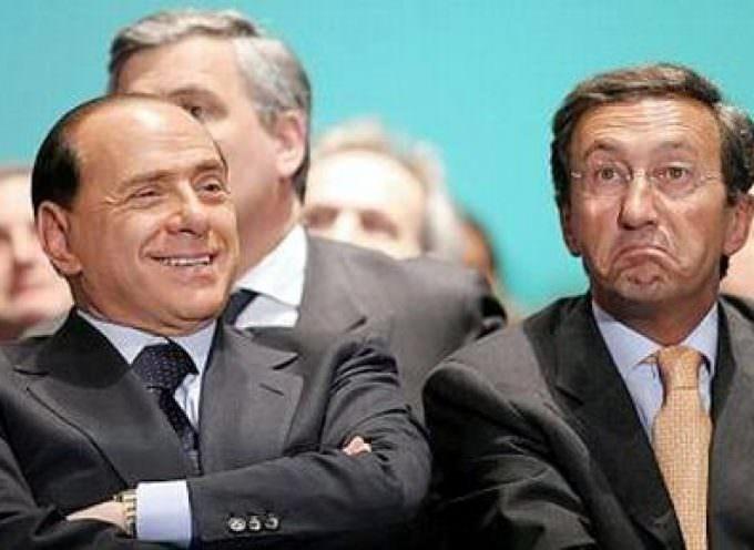 Berlusconi si è liberato di Fini. Si è tolto un peso dallo stomaco