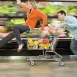 Crisi, nel secondo trimestre la fiducia dei consumatori comincia a migliorare