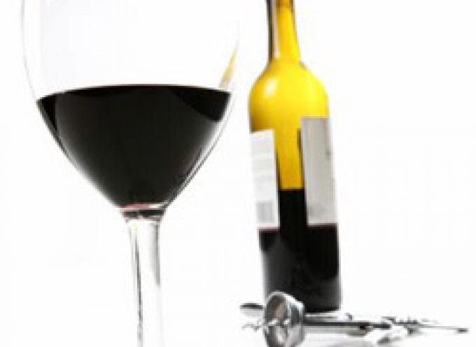 Gli anni che passano nel vino: maturazione o invecchiamento?
