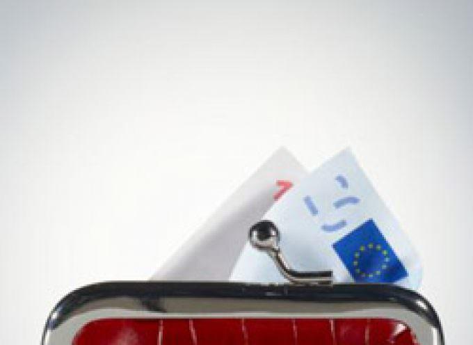 La Ue conferma le previsioni di Bankitalia: nel 2009 l'Italia sforerà i parametri di Maastricht