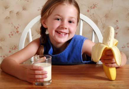 Cosa dare da mangiare ai nostri bambini: i consigli di Marina, mamma e nonna