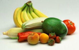 Dieta: frutta e verdura per i ricchi, mentre i poveri vanno sui carboidrati