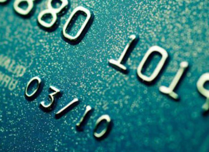 Carte di credito clonate, il Codacons: ne rispondono le banche
