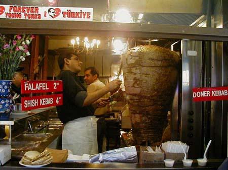 Legge anti-kebab della Regione Lombardia, l'ADUC propone la disobbedienza civile
