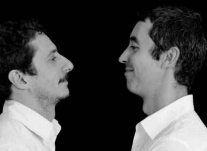 «Le Iene» Luca e Paolo al Teatro Politeama con «La Passione secondo…»