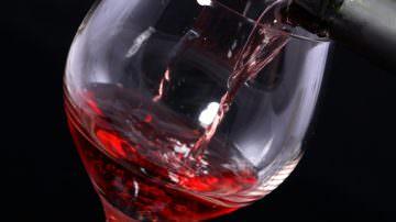 Vino: Barolo Nights, la kermesse enogastronomica dedicata al re dei vini
