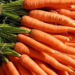 Mangiare carote è buono. Mangiarle intere è meglio