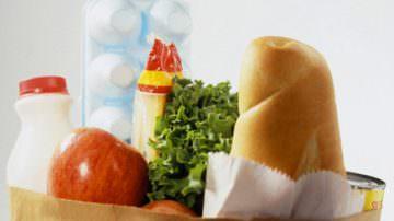 Consumi, alimenti e cibo giù come negli Anni Settanta