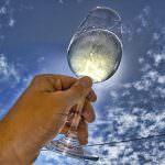 La Rivista Winenews afferma: Troppi i riti attorno alla degustazione dei vini
