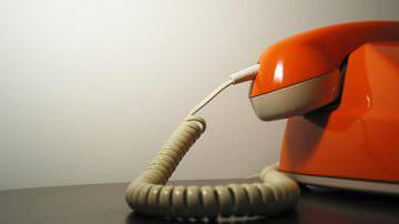Gestori telefonici e recesso, ADUC: le penali abolite da Bersani continuano ad essere addebitate