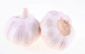 L'aglio crudo riduce il rischio di cancro al polmone