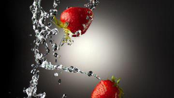 Le fragole proteggono lo stomaco dall'eccesso di alcol