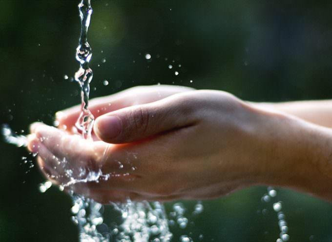 Acqua: Ronchi, quanto è caro il monopolio pubblico