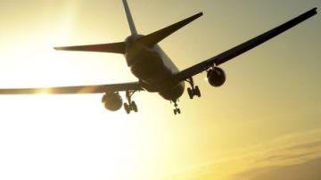 'Tassa sul grasso' in aereo: Favorevoli o contrari?