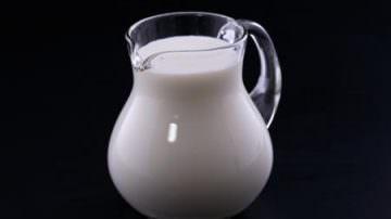 La pressione arteriosa si può ridurre consumando soia e latte