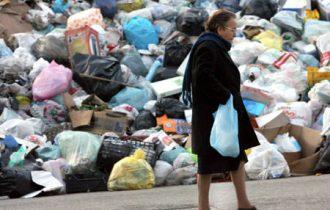 """Legambiente: """"Sono i colletti bianchi, i nuovi manager del traffico illecito dei rifiuti"""""""