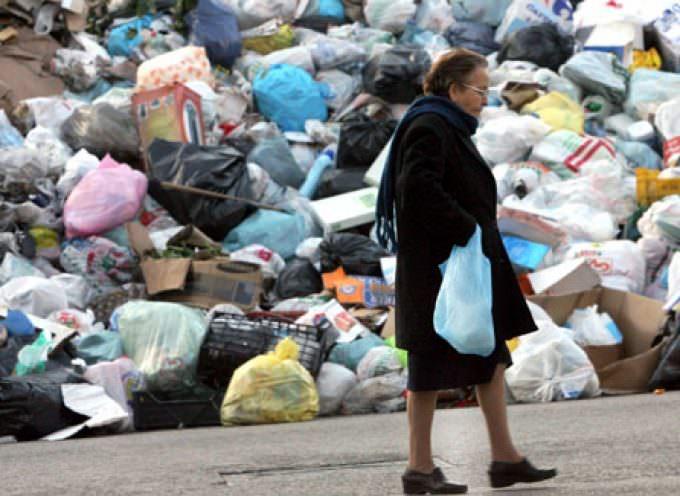 Rifiuti: la battaglia del Codacons per non pagare tasse ingiuste sulla spazzatura
