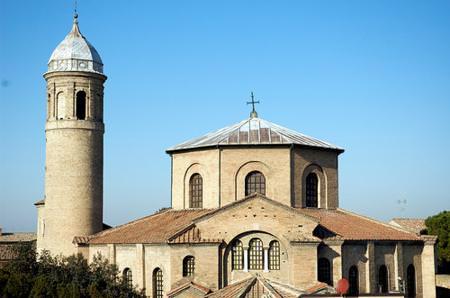 Ravenna: Turismo – Si riducono gli stranieri nella stagione estiva, ma aumentano negli altri periodi dell'anno