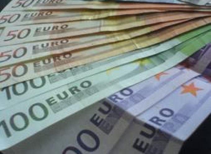 Ue: Nel 2009 la contrazione dei redditi è stata molto forte