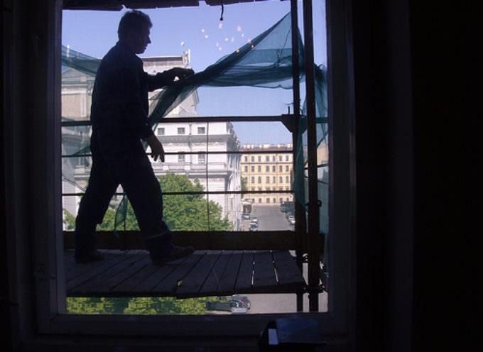Benefici per i familiari delle vittime di gravi infortuni sul lavoro