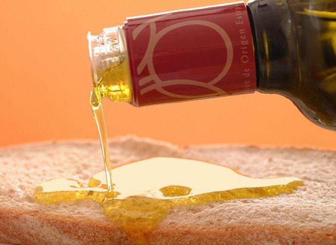 L'olio, componente della Dieta Mediterranea, indispensabile per la salute