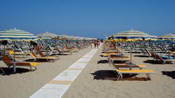 Caro-spiaggia, il Codacons: Italia al top dei paesi più costosi