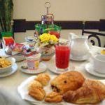 G8, prima colazione a km zero agli invitati