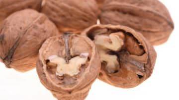 Nella frutta secca, è la noce la regina degli antiossidanti