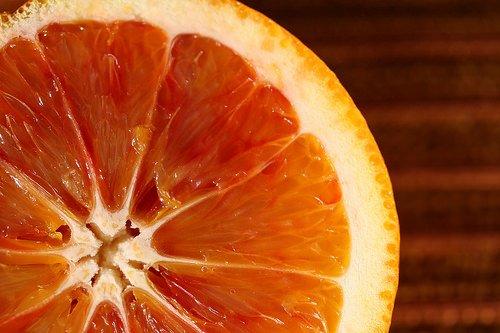 Consumi, Coldiretti: sos tavola. Dall'aranciata senza arance al vino senza uva